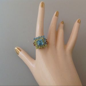 Blue topez and peridot 10k ring